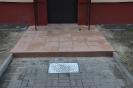 Wejscia do klatek schodowych, parking z azurow_11