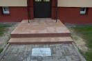 Wejscia do klatek schodowych, parking z azurow_4