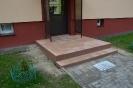 Wejscia do klatek schodowych, parking z azurow_5