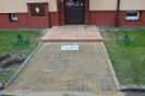 Wejscia do klatek schodowych, parking z azurow_8
